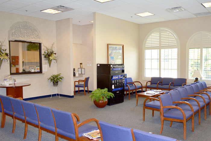patient reception waiting room day surgery center winter haven fl